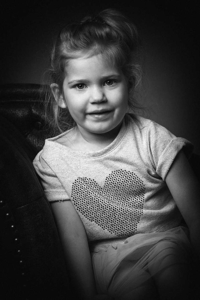 Kinderportrait sw Studio München