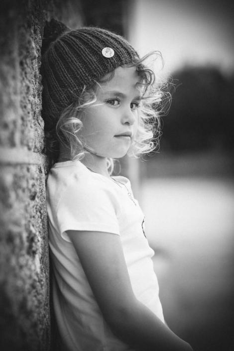 Kinderportrait Mädchen ernst