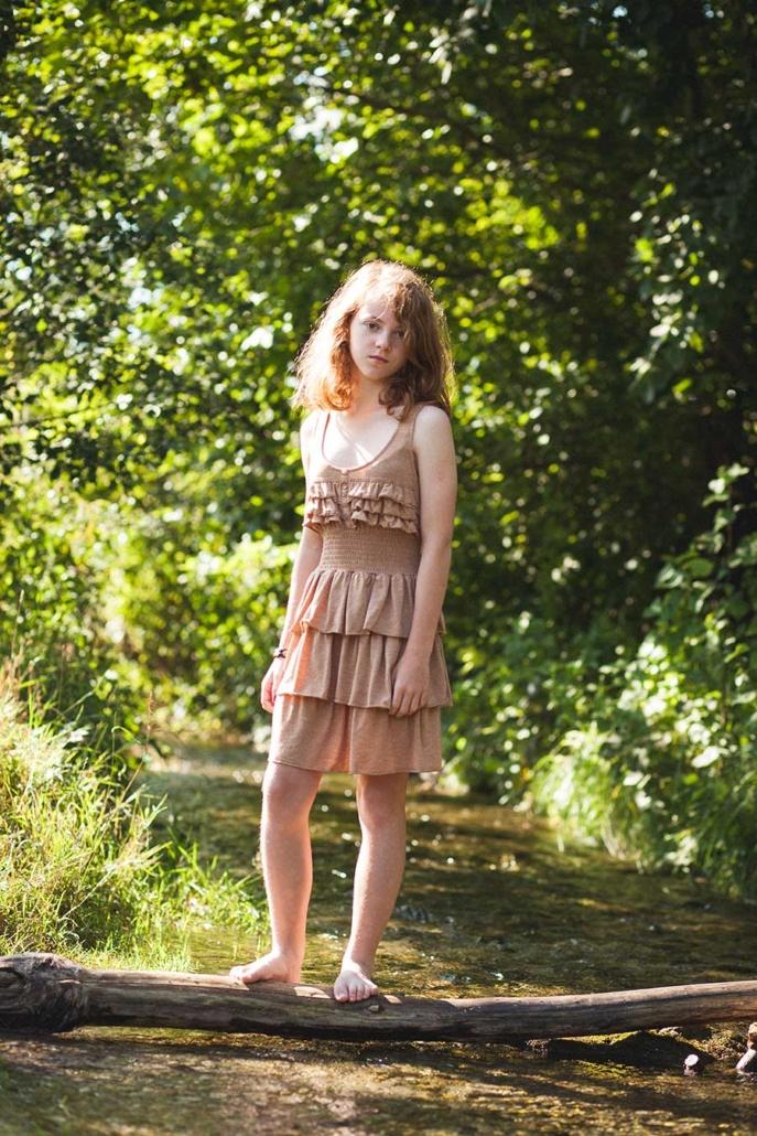Portraitfoto Mädchen draussen