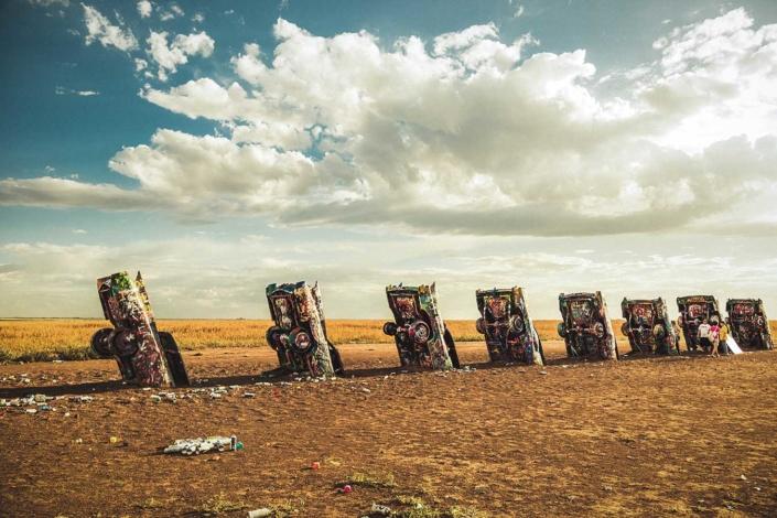 Roadtrip Route 66 cadillac ranch