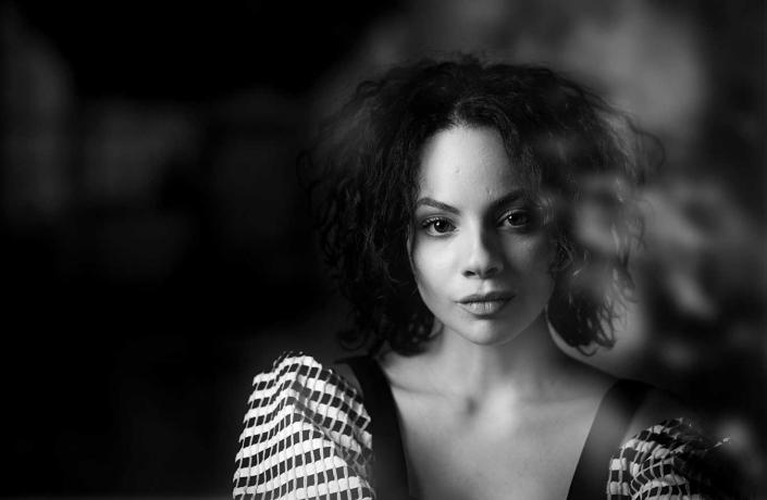 Studioportrait Schauspielerin Closeup