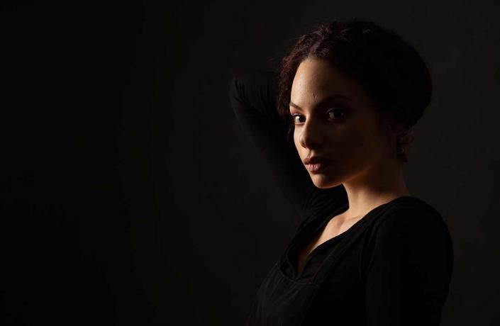 Studioportrait Schauspielerin lowkey