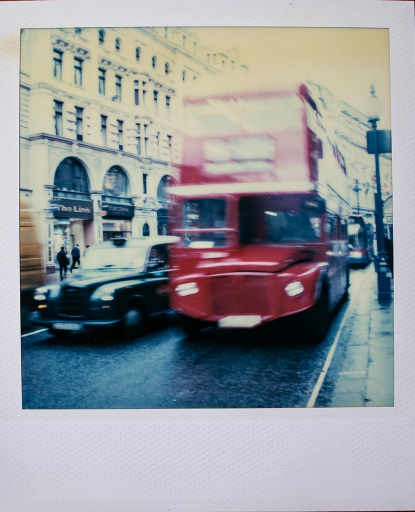 Polaroid SX 70 London