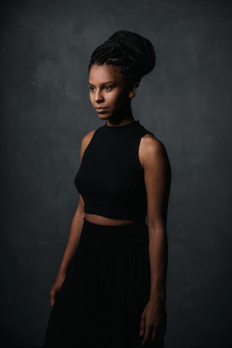 junge Frau Studioportraits
