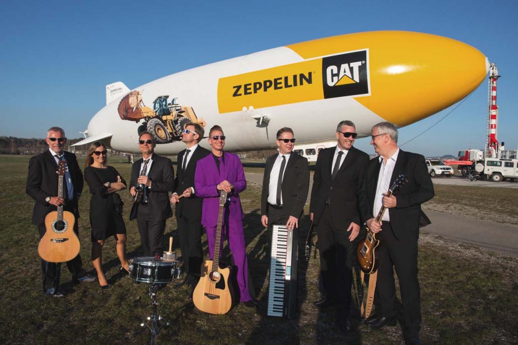 Musiker vor Zeppelin