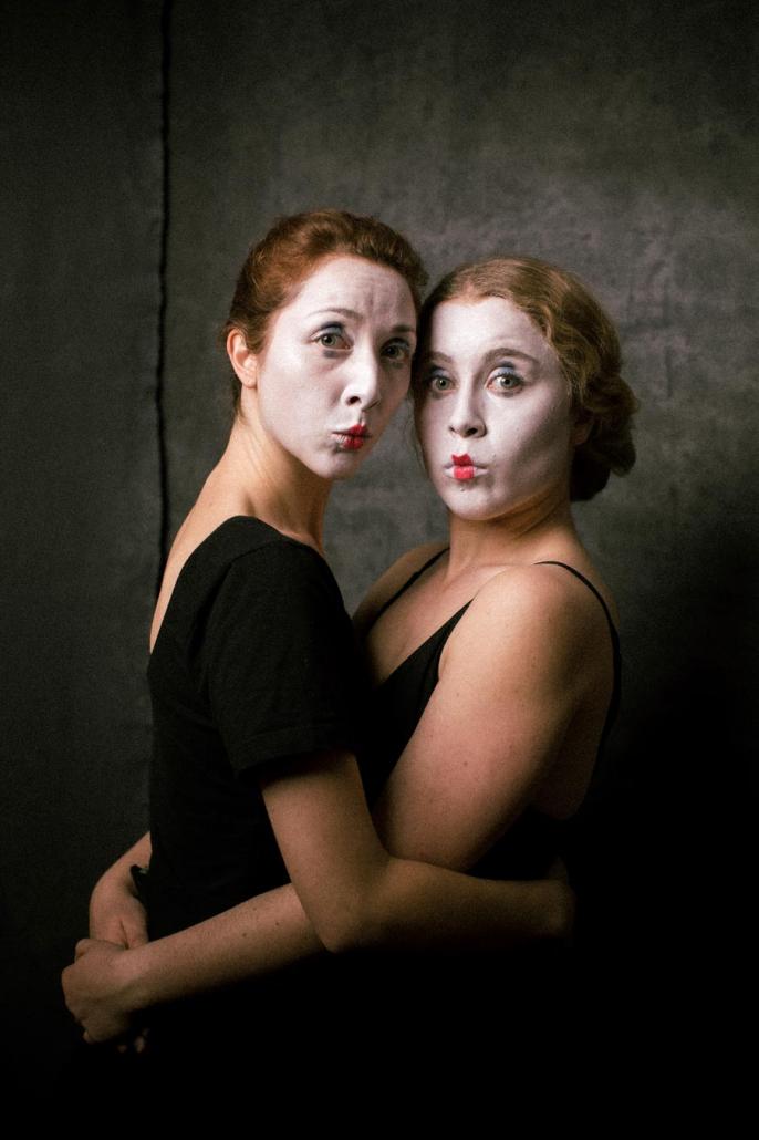 Portrait zwei geschminkte Frauen